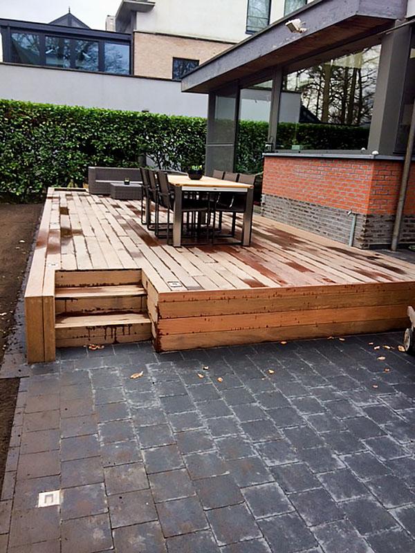Aanleg terras in hout